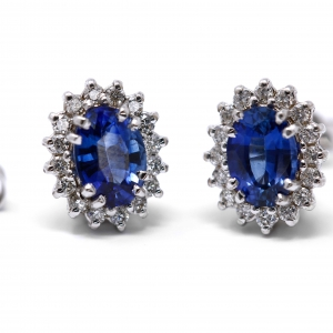 Orecchini con zaffiro e Diamanti Linea Iside