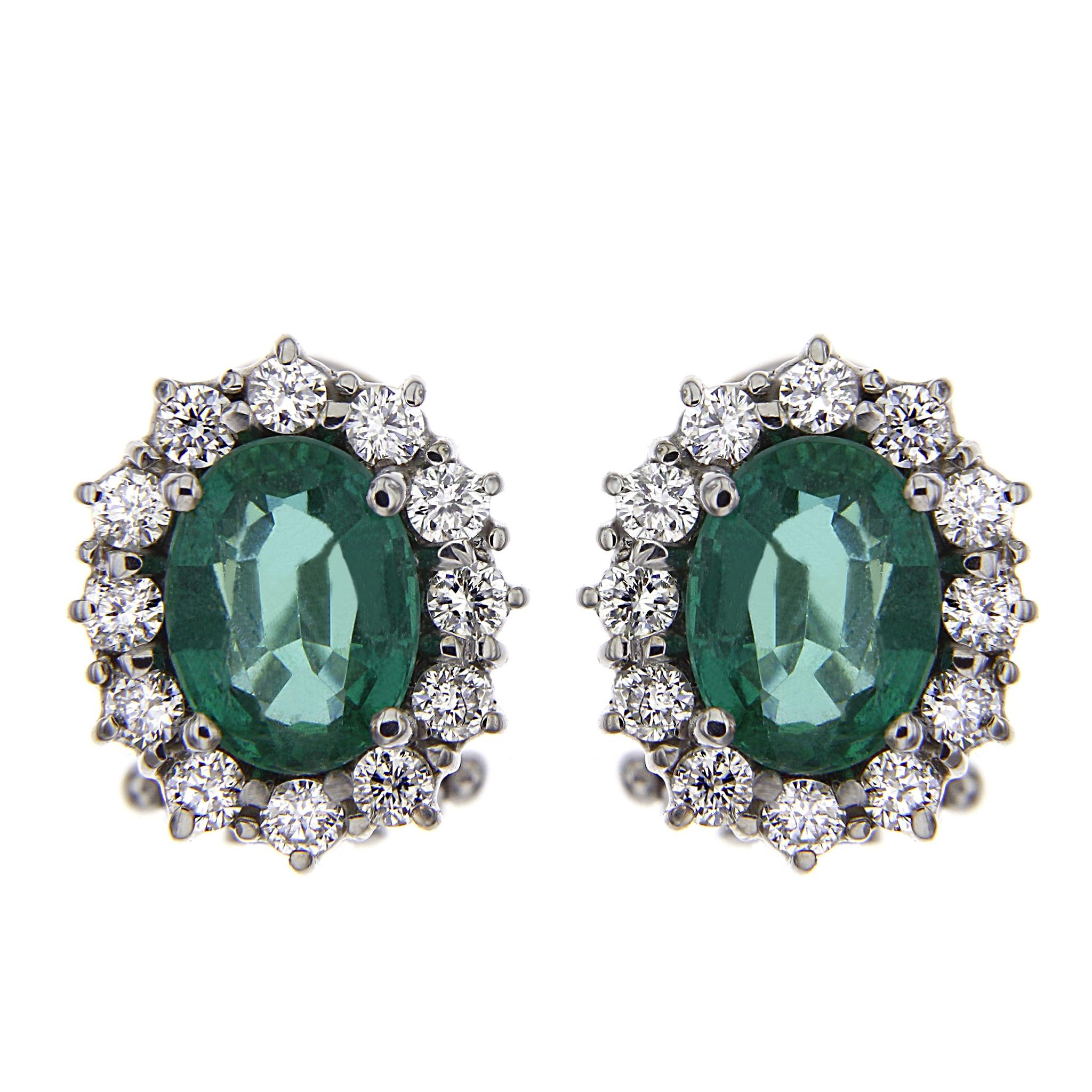 Orecchini con Diamanti CT 0.72 e Smeraldo CT 2.48